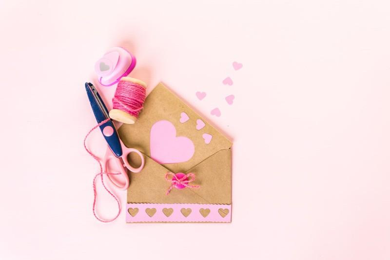 友達 結婚式 メッセージ 画用紙