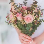 花柄アイテムのプレゼントを、おしゃれな女友達の誕生日に贈ろう