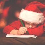 クリスマスプレゼントに贈りたいおもちゃ【男女別】22選。子どもが喜ぶアイテムを