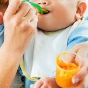 """赤ちゃんに食器を贈るならコレ。出産祝いとして人気の""""食""""を考えるプレゼント特集"""