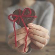 友達に贈るバレンタインプレゼント。しっかり喜ばれるおすすめギフトリスト