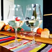 母の日に贈るワインのすすめ。グラス片手に親子の時間を過ごしませんか