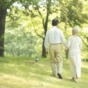 敬老の日に健康グッズを贈ろう。憧れの人生をプレゼントする、いきいきギフト特集