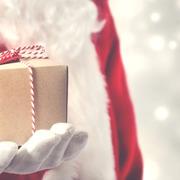 【1000円】クリスマスのプレゼント交換で重宝!誰に渡っても嬉しいアイテムたち
