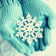 クリスマスプレゼント、手袋を彼のために選ぶワケ。素敵な意味とおすすめ10選