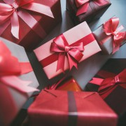 クリスマスプレゼント、1万円以内で選ぶならこれ。彼氏大満足のおしゃれギフト特集