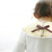 スタイのプレゼント16選。出産祝いや誕生日に、赤ちゃんに贈るおしゃれな一枚とは