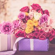 母の日はバラの花をプレゼント。お母さんへ贈るおすすめギフト