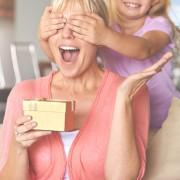 母の日サプライズのとっておきプラン5選。プレゼントで驚きと感動を届けよう