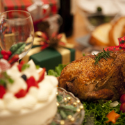 クリスマスには、みんなを笑顔にする食べ物のプレゼントを贈ろう。