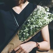 【退職祝い】お花のプレゼントで、支えてくださったあの人に気持ちを伝えて