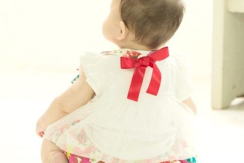 """69ef4b1a8ad68 親しい友達に贈る出産祝いリスト。贈るなら一番に届けたい """"花束"""