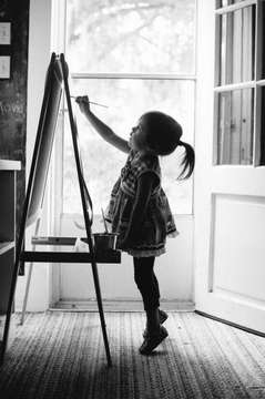 http://weheartit.com/entry/263155708/search?context_type=search&context_user=lopezgal_kelly&page=4&query=art+baby