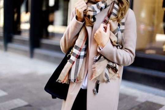 http://weheartit.com/entry/167987132/search?context_type=search&context_user=KSssh&page=2&query=burberry&sort=most_popular
