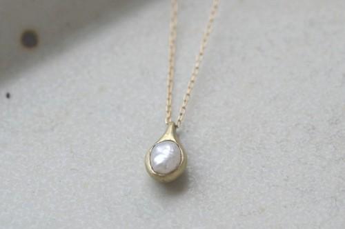 ibitsu (K10GG・pearl・ネックレス)