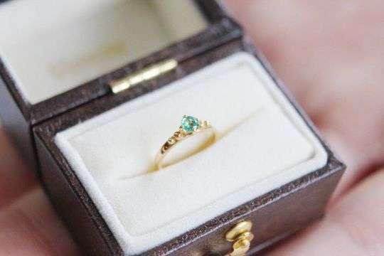 Baby Ring Emerald エメラルド