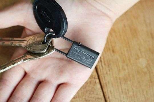 TM  key chain 【BLK】